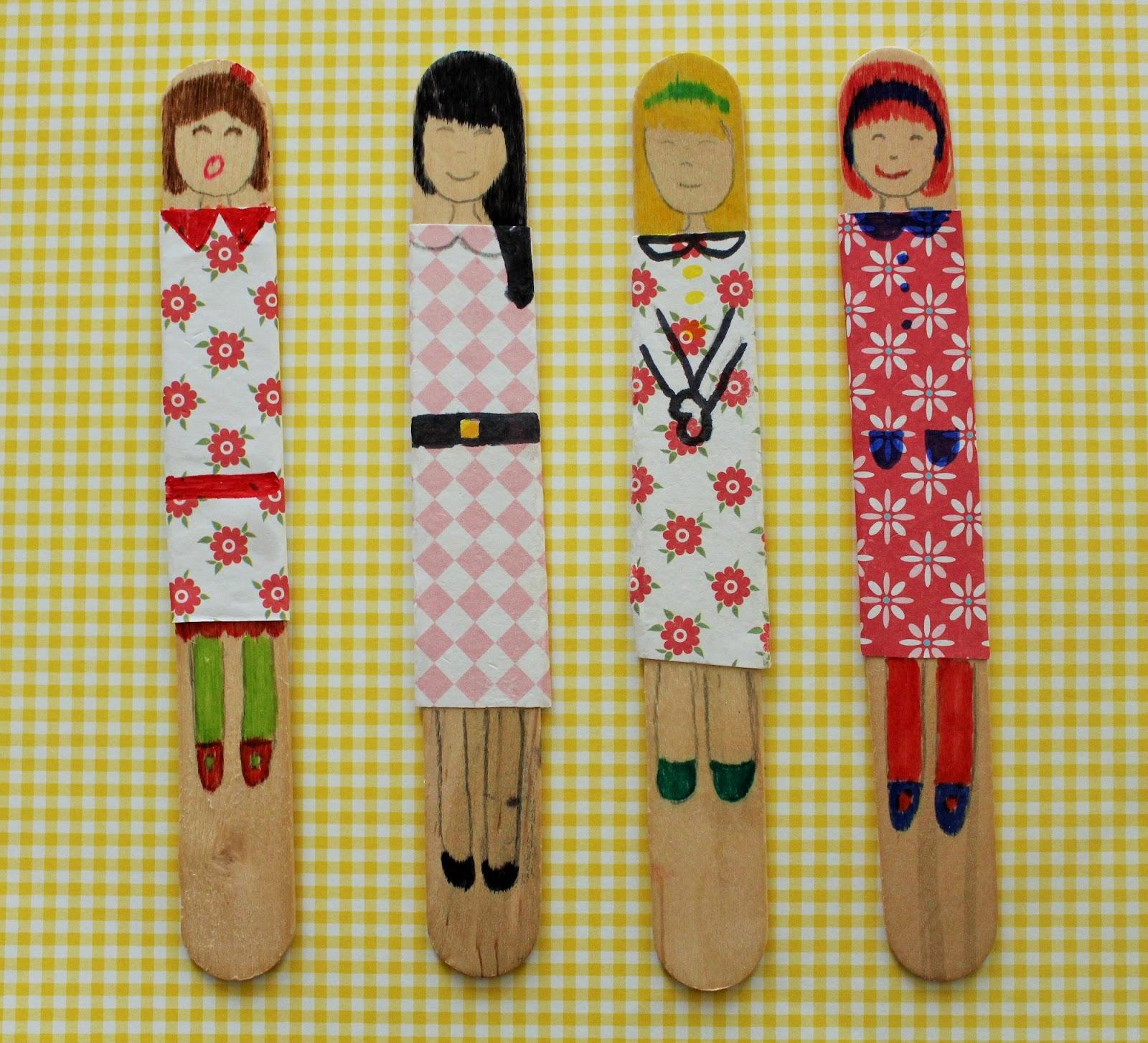 Mamma gioca bamboline con gli abbassalingua for Lavoretti con abbassalingua