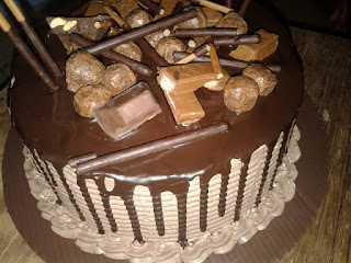 Resep Kue Ulang Tahun Lapis Butter Cream Siram Coklat