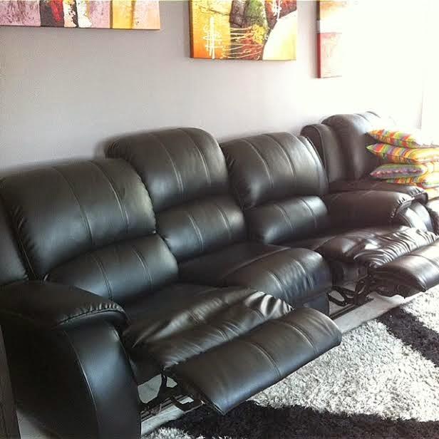 Untuk Sofa Hitam Ni Aku Memang Sengaja Pilih Yang Jenis Recliner Boleh Bukak Tutup Sebabb Senang Duduk Sambil Berlunjur Kaki Konon Macam Selesa