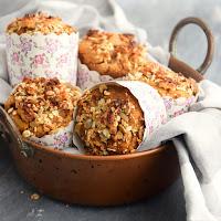 Muffins dourados de aveia e batata doce