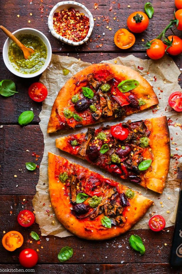Can you believe this is a ready-made, vegan pizza? Caponata Sourdough Pizza! Find 25 Super Healthy Vegan Dinner Recipes for Weeknights. vegan dinners | dinner vegan | vegan recipe dinner #vegan #veganideas #vegandinner #healthy