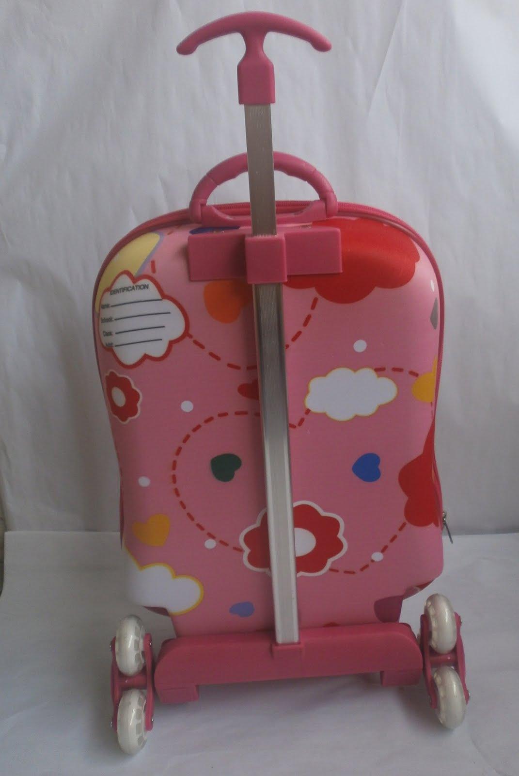 Posh Me Up Sleek Shape Hello Kitty Trolley Bag Sold Out