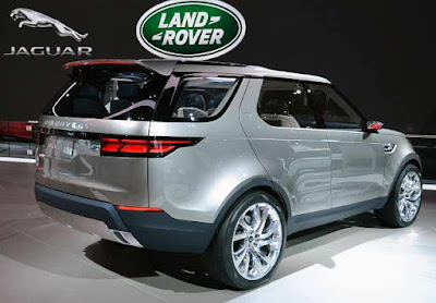 2017 Land Rover Discovery view Image