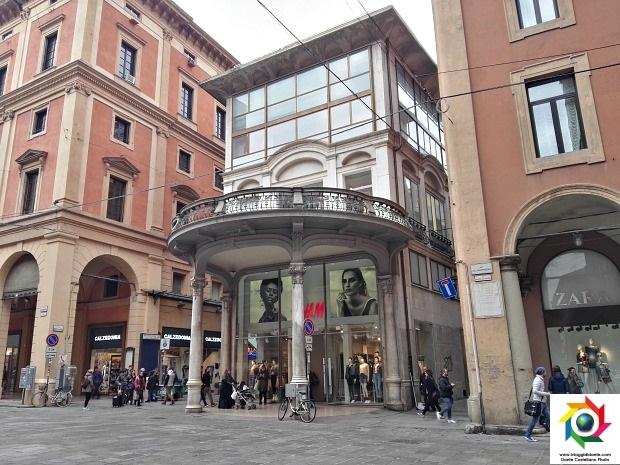 H&M Bologna