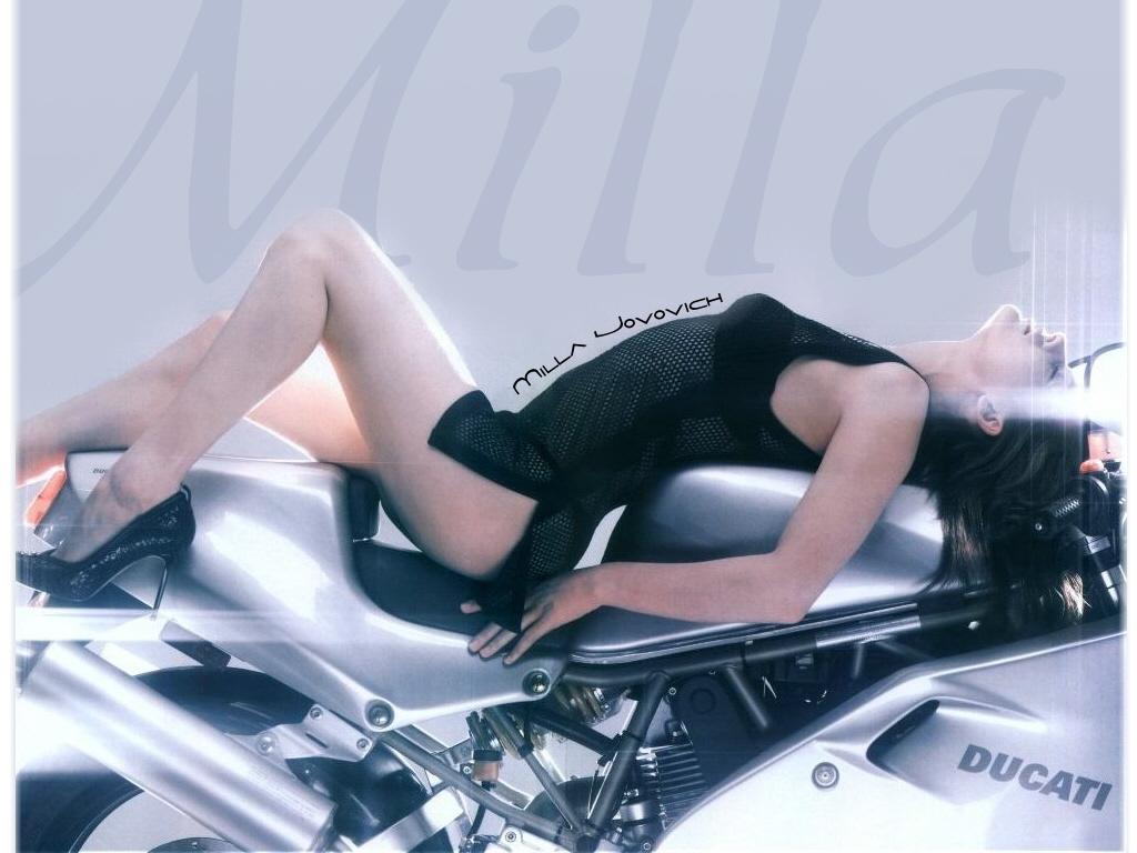 Global Buzz Times: Milla Jovovich Bra Size And