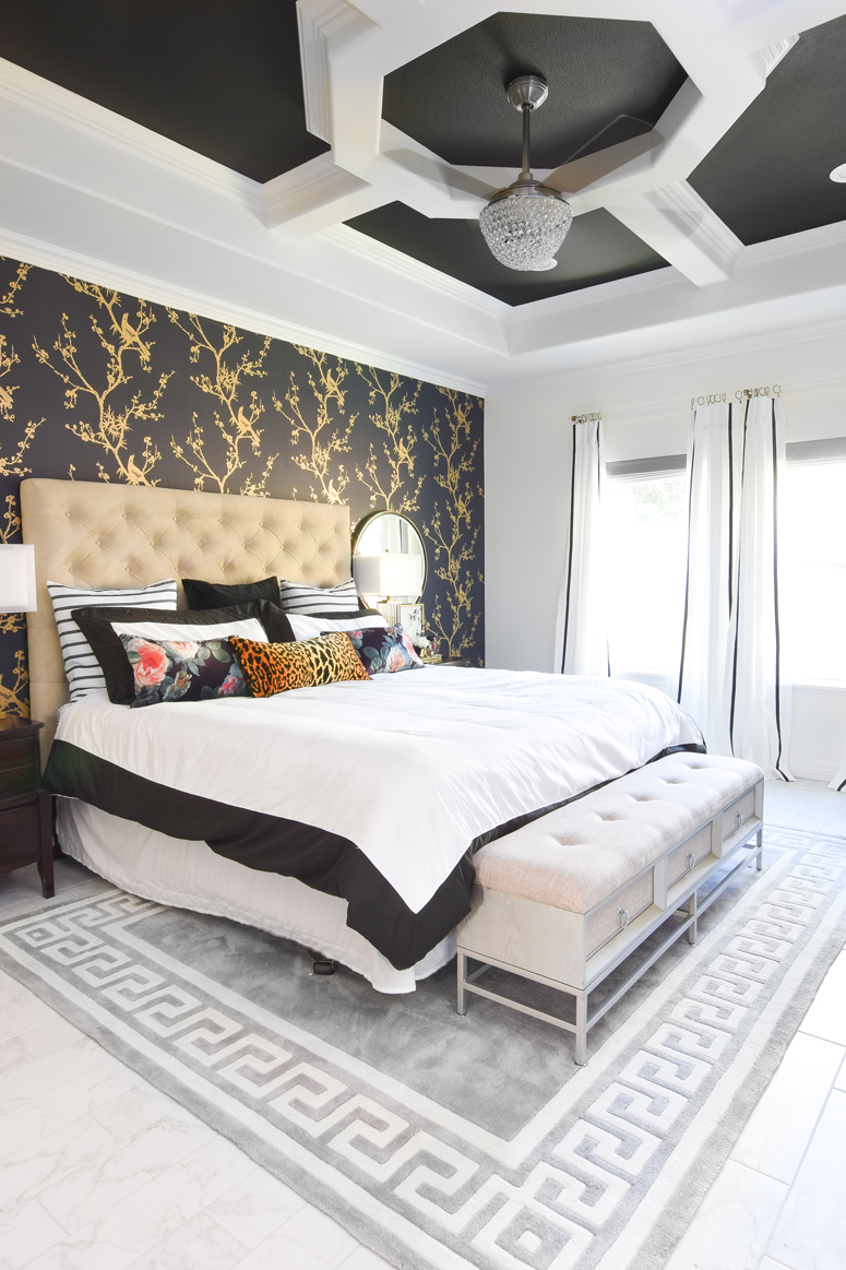 A JAW DROPPING master bedroom makeover with a black, white and gold color palette. Love how glam and chic the space is- so unique!