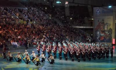 парад на военните духови оркестри на 6 май арена армеец