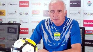 Pelatih Persib Mario Gomez