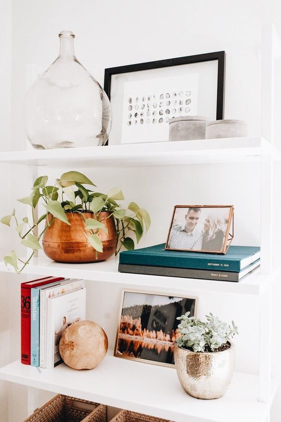 styling books on my shelves