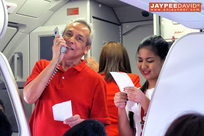 Air Asia Philippines Clark to Singapore, CRK to SIN, inaugural flight, Clark International Airport, DMIA, Maan Hontiveros, Freddy Herrera, Singapore Tourism