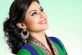 Mouni Roy, Biography, Profile, Age, Biodata, Family, Husband, Son, Daughter, Father, Mother, Children, Marriage Photos.