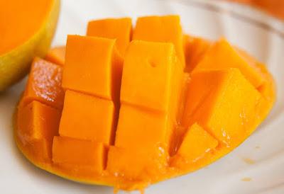 buah mangga, manfaat buah mangga, manfaat buah mangga untuk kesehatan, kandungan nutrisi buah mangga, kandungan gizi buah mangga,