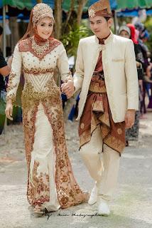 Model Gaun Pengantin Muslimah Lengan Panjang