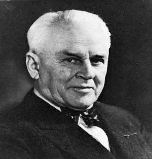 Robert A. Millikan (1868 - 1953)