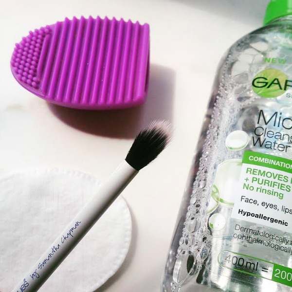 How To Clean Bathroom Wall Stains: CherrySue, Doin' The Do: How To Wash & Dry Your Makeup