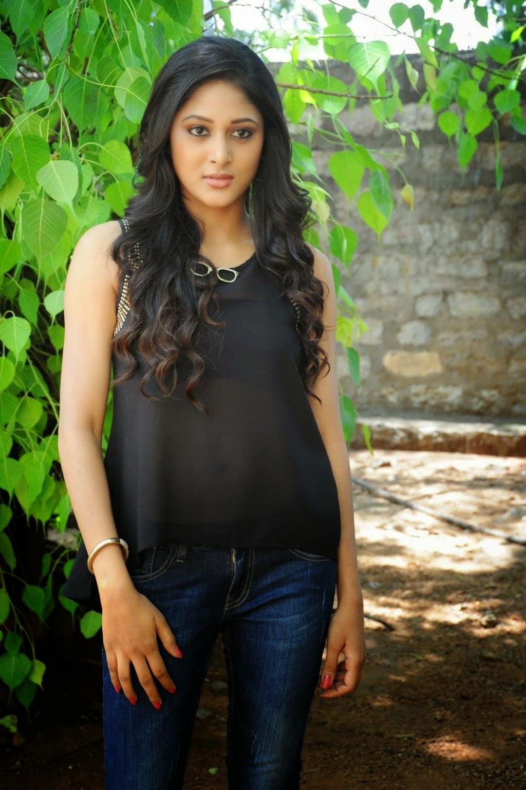Telugu Actress Sushma Raj Cute Photos Cap