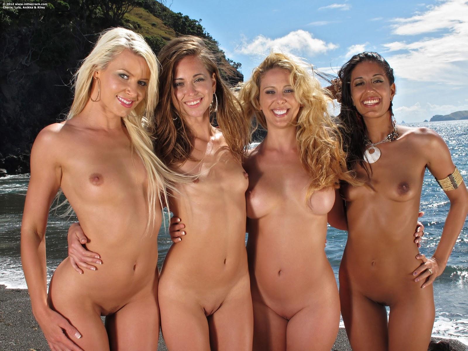 podruzhki-nudistki