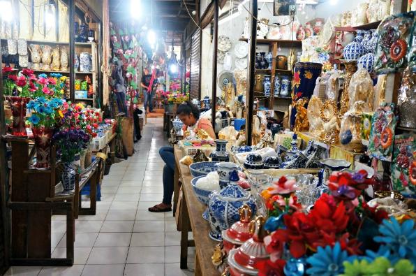 Wisata Belanja Di Pajak Singkong Belawan Kota Medan