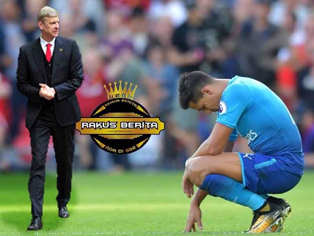 Sanchez Mandul Depan Gawang, Wenger Pasang Badan