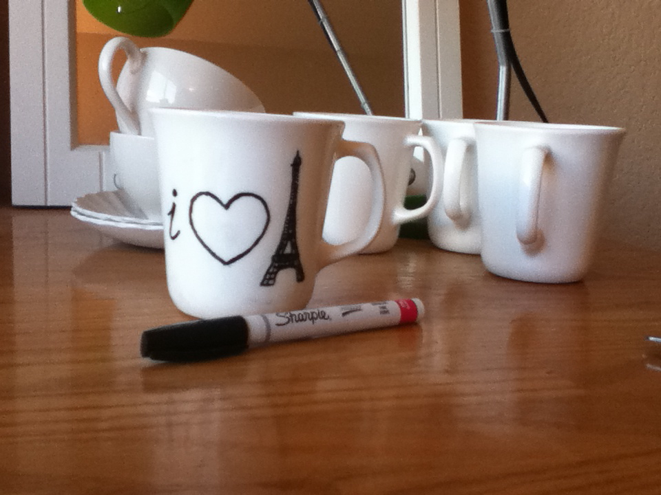 Tutorial dishwasher safe sharpie mugs scribbles from emily solutioingenieria Image collections