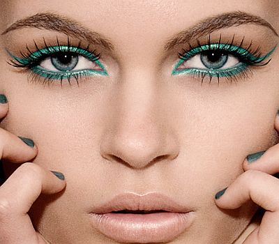 tattoo girl: New Look Eyes Make-Up