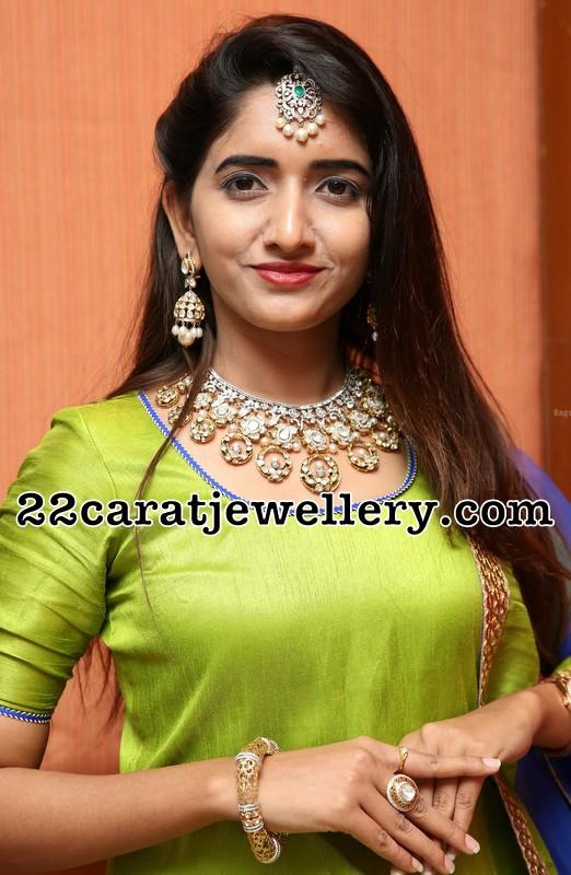 Priya Murthy Pachi Choker
