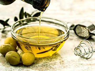 Olive Oil For Skin and Beauty