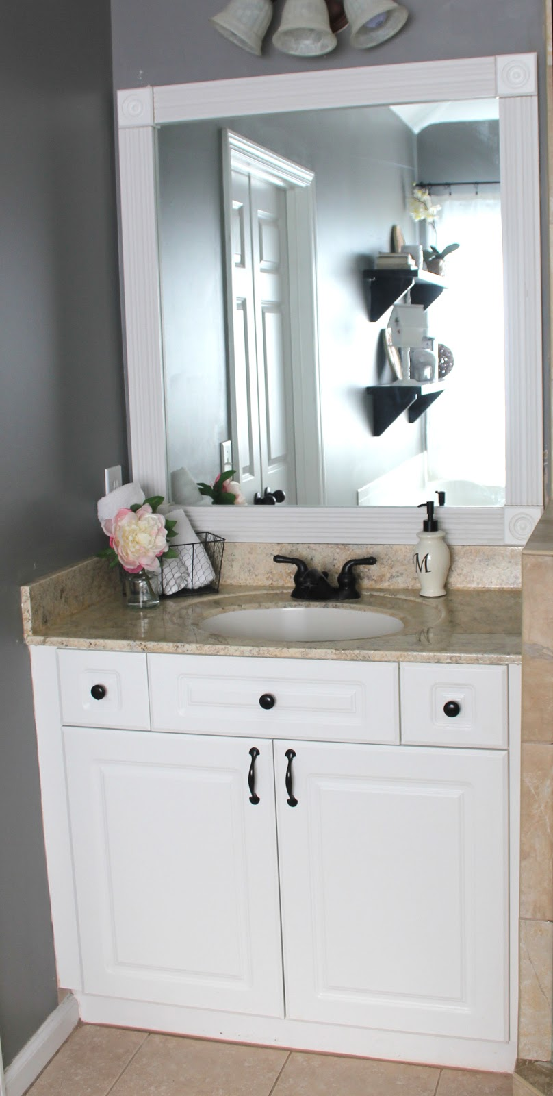 My EnRoute Life: Framimg Our Master Bathroom Builder Grade