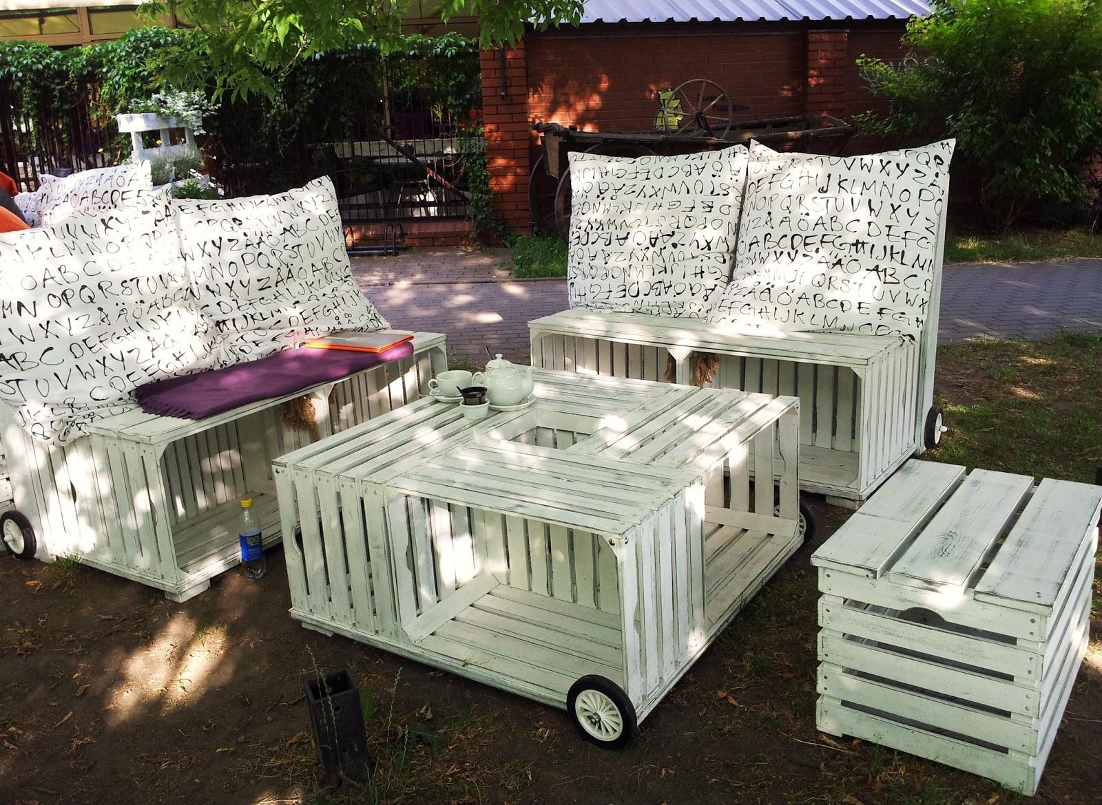 Blogrodowo  blog ogrodowy Meble z palet  z serii ogrodowy recycling