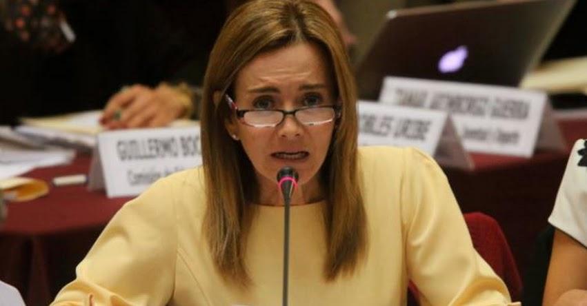 Ministra de Educación continúa diálogo con docentes regionales por segundo día consecutivo