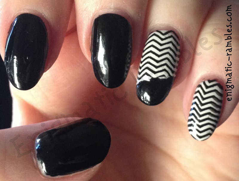 mini-chevron-stamped-nails-bundle-monster-201-bm201