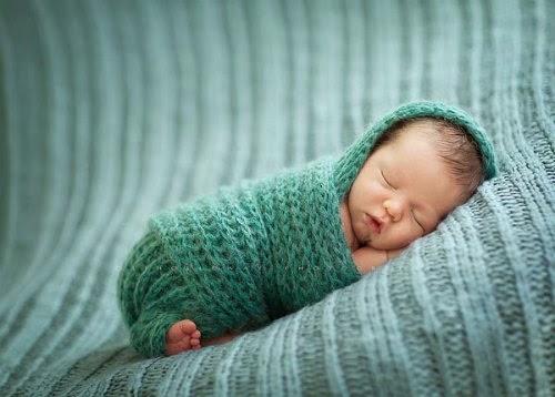 greutate prima luna de viata,calcul greutate, greutate bebe, greutate bebelusi, greutate copii,