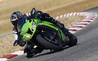 Kawasaki Ninja ZX-10R on GP circuit