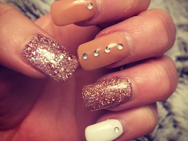 NOTD: Glam Nails