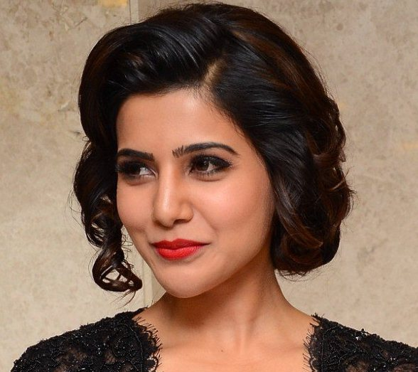 Actress Samantha Funny Face Close Up Images