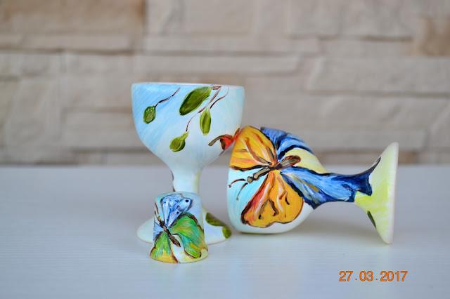 Powód do robienia porządków i świeżutkie motyle na porcelanie