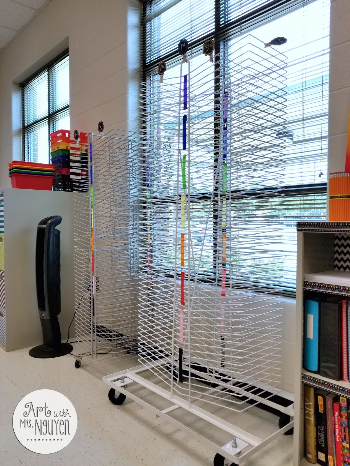 art rack kidkraft product table storage with kik drying hopscotch full