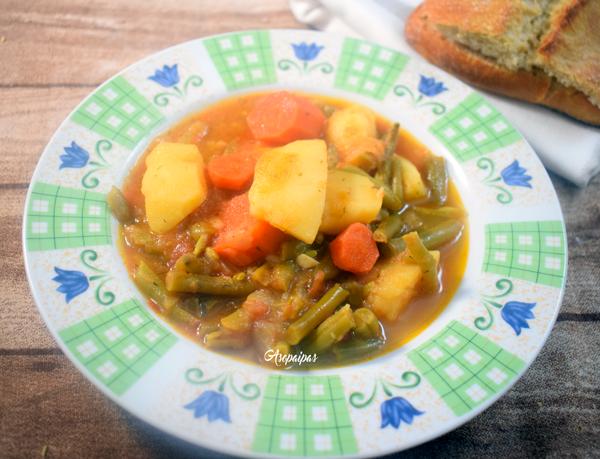 Judias Verdes con Salsa de Tomate (Fasolakia Lathera) Vídeo Receta