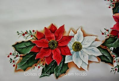 pintura em tecido natalina flores bico de papagaio vermelha e branca