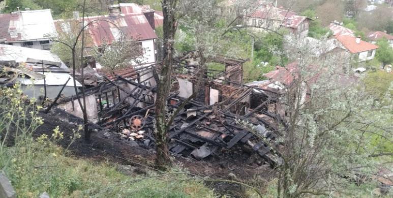 Hızırfakı Mahallesinde Yangın