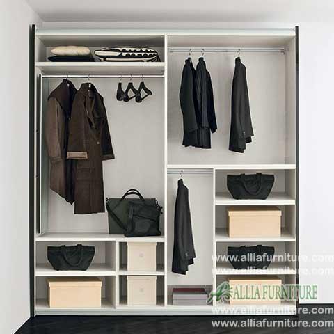 dalam lemari pakaian minimalis modern brown