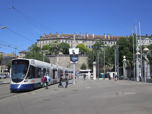 Genewa, wejście do parc des Bastions