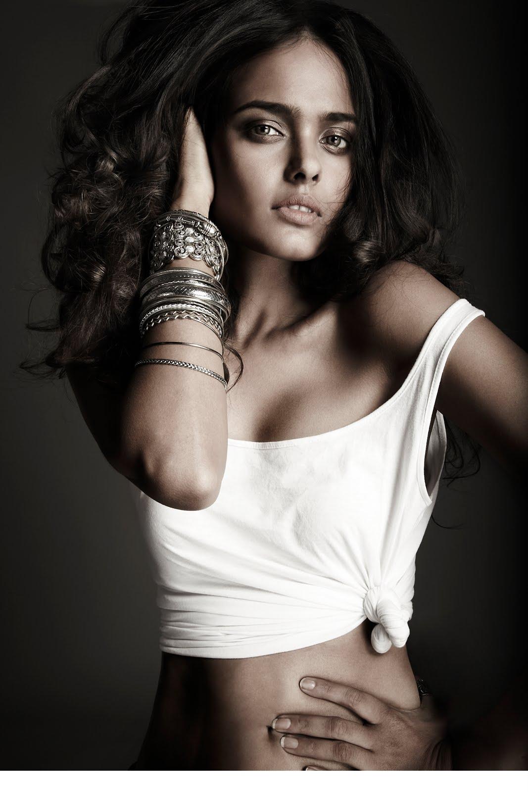 Hot Models: Vipasha Agarwal