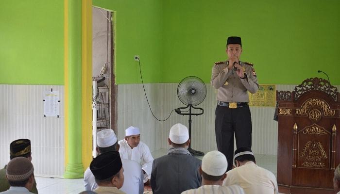 Safari Jum'at di Masjid Baitussalam Mungguk