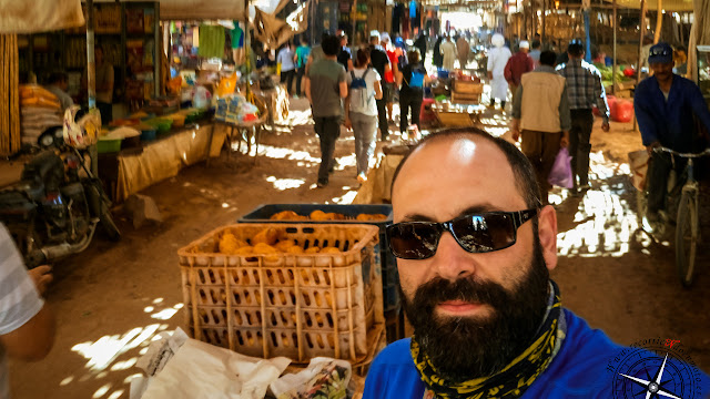 entrando en el mercado de Rissani