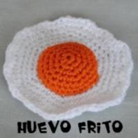 http://patronesamigurumis.blogspot.com.es/search/label/HUEVO%20FRITO