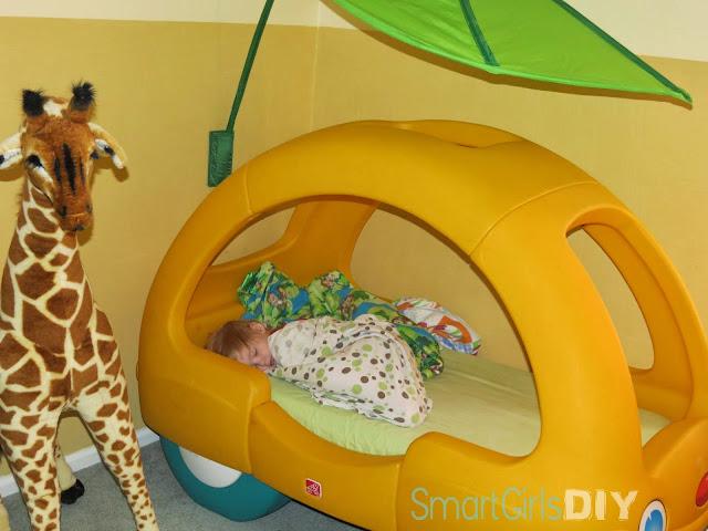 Smart Girls DIY: Toddler Car Bed Makeover