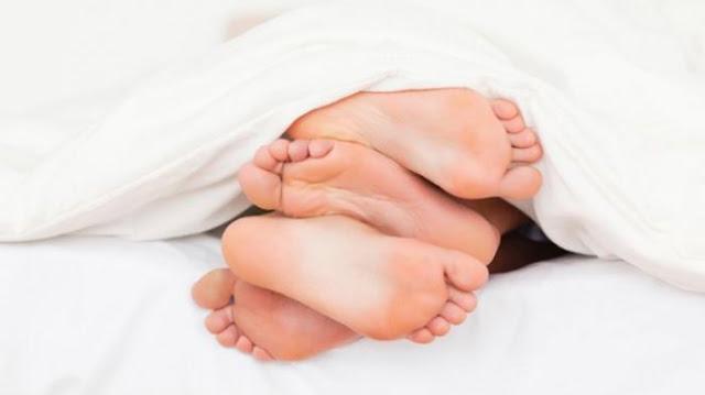 Buat yang Baru Menikah ini Cara Berjima` Kalau Tak Mau Cepat Hamil plus Tahan Lama