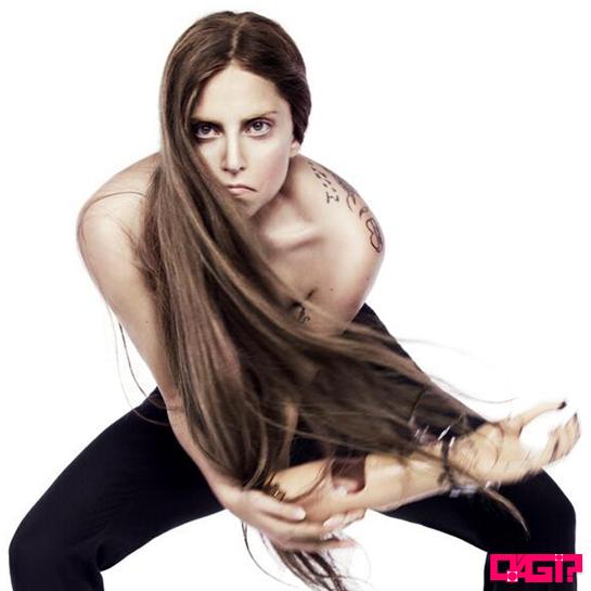 Lady Gaga se justifica em relação as polêmicas com Christina Aguilera!