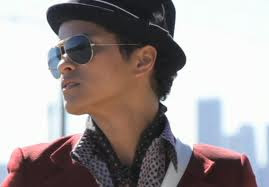 Bruno Mars - Grenade [Lyrics]